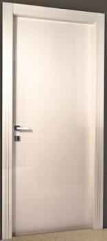 Глянцевая межкомнатная дверь T_1t